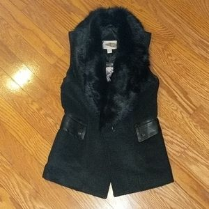 NWT- Faux Fur and Leather Trim Vest Size: Small